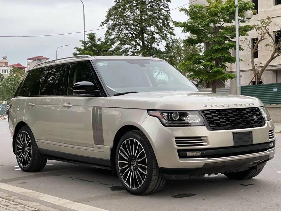 Range Rover Superchared model 2015 odo 2.5 v miles (06/2021)