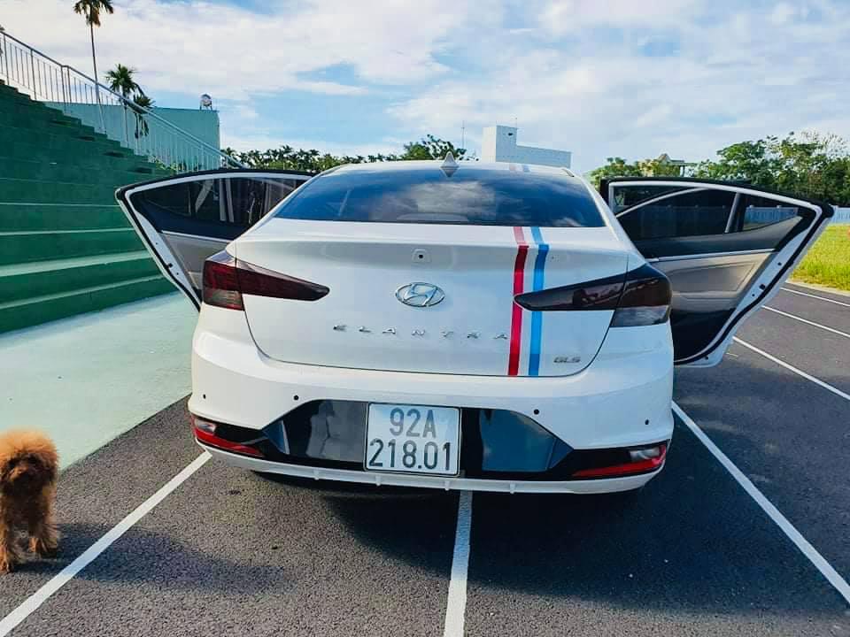 Hyundai-elantra-cu-da-nang-2